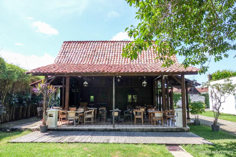 Ada replika rumah Suku Osing di Pendopo Sabha Swagata Blambangan