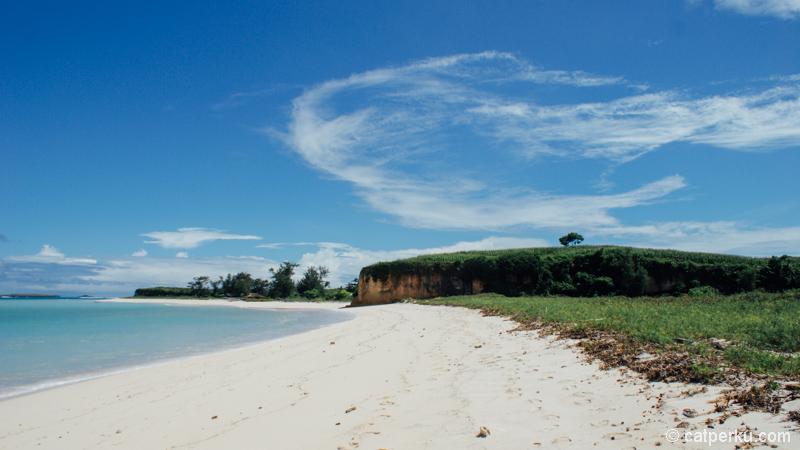 Ada yang mengalahkan cakepnya pantai keren di Lombok ini