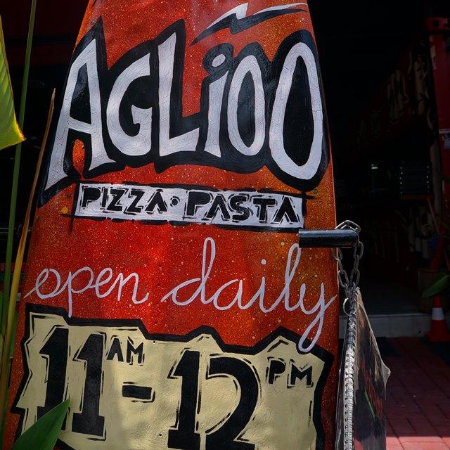 Aglioo Pasta and Pizza di Jalan Prawirotaman menu andalannya adalah masakan Italia.