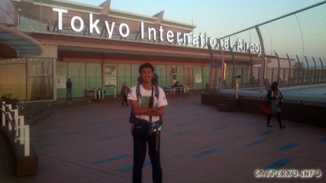 Saya mendarat dengan selamat di Haneda, Tokyo International Airport untuk memulai perjalanan backpacking ke Jepang selama 13 hari