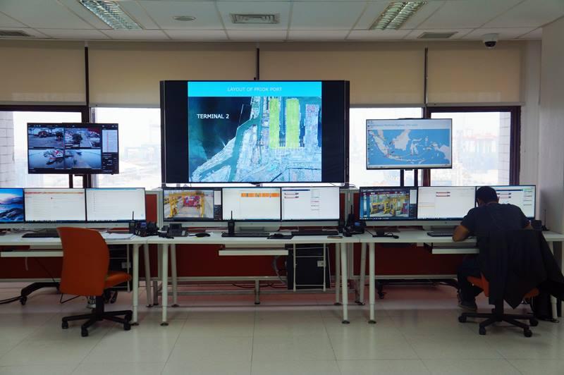 Control Room untuk memonitor Pelabuhan Tanjung Priok