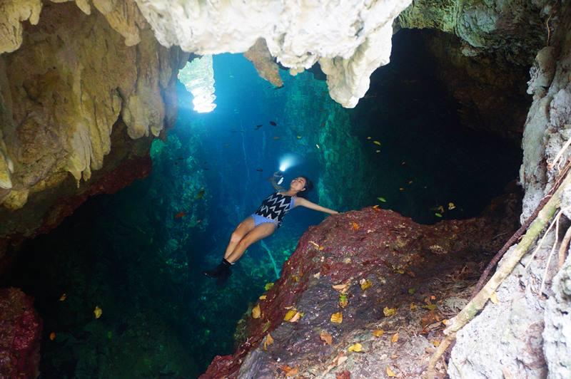 Gua Haji Mangku ini airnya segar sekali, dan enak untuk berenang
