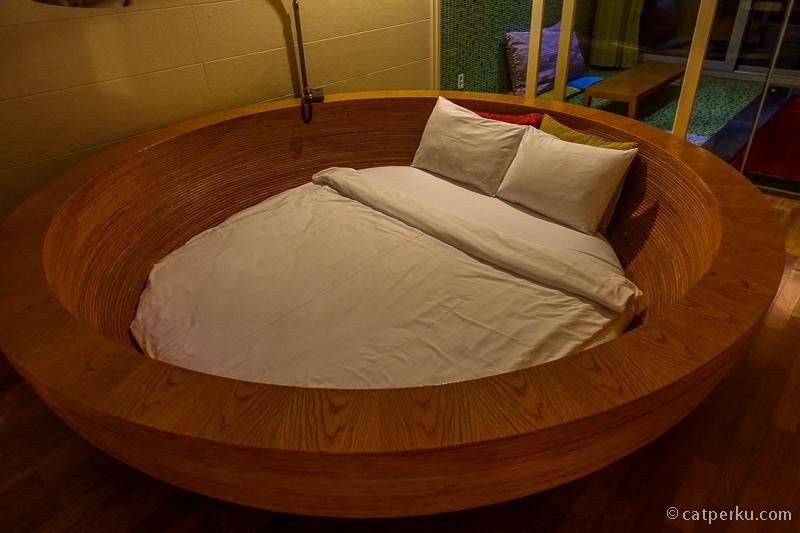 Hotel baru biasanya suka tebar diskon dan promosi lho!