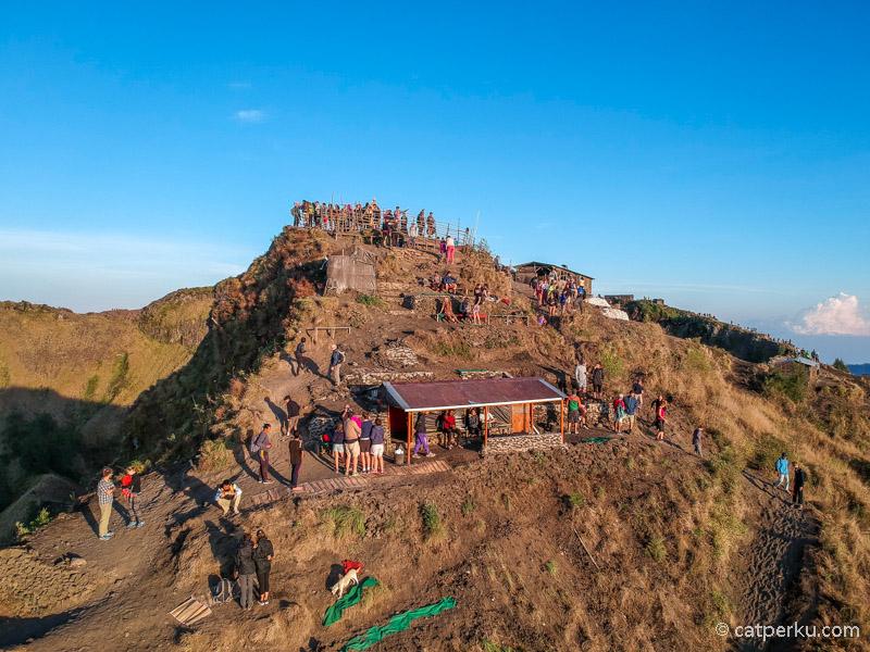 Inilah puncak Gunung Batur yang sebenarnya