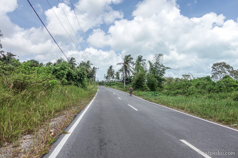 Jalan Belitung yang mulus banget plus tanpa macet! Bikin pengen ngebut mulu bawaanya kalau nyetir disini!