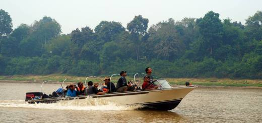Jelajah 7 Destinasi Terbaik Negeri Seribu Sungai, Kalimantan!