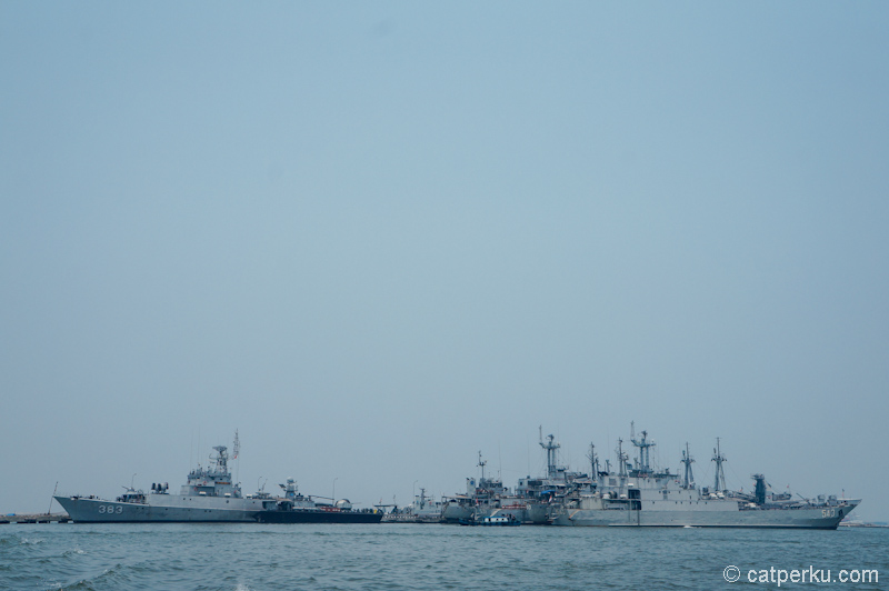 Kapal perang milik TNI