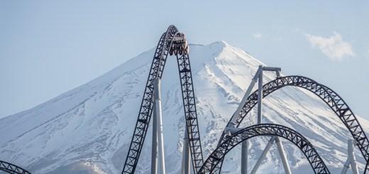 Penyuka kegiatan pacu adrenalin pasti deh ketagihan wahana permainan di Fuji-Q Highland ini!