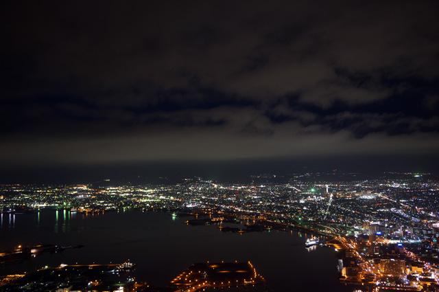 Pemandangan malam hari Kota Hakodate dari ketinggian itu super waaaow!