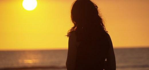 Menikmati Senja Di Pantai Seminyak Beach!