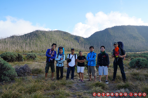Bertemu teman - teman pendaki yang lain :) *asek - asek, nambah temen*