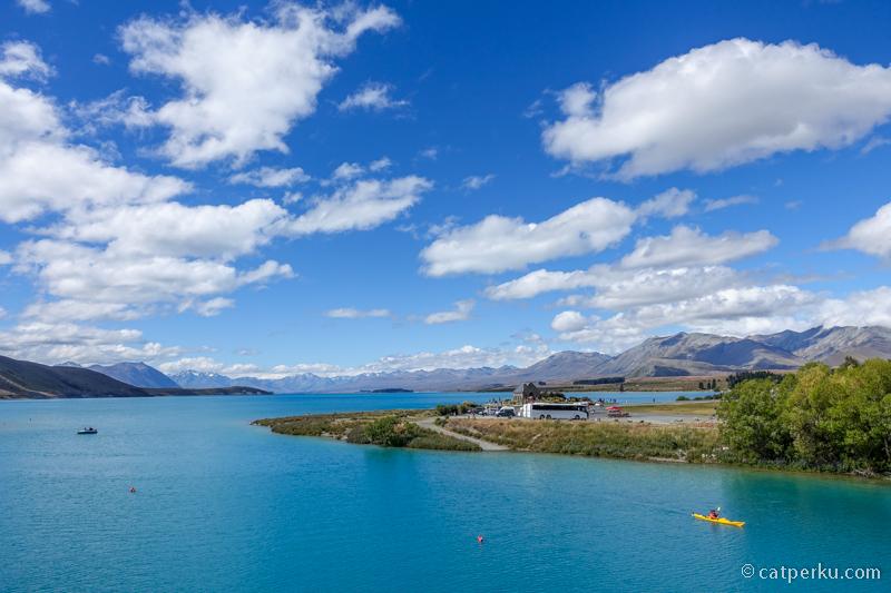 Salah satu danau di New Zealand yang gak bisa kalian lewatkan