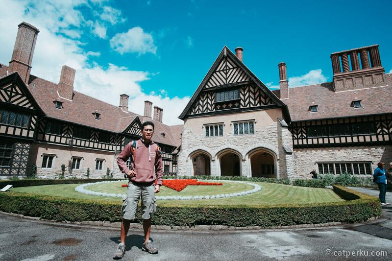 Schloss Cecilienhof, tempat dimana diadakan postdam conference atau perjanjian postdam!