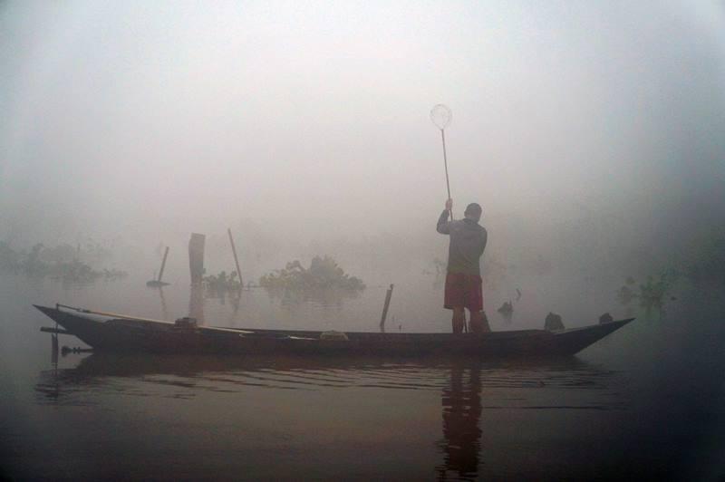 Selain sebagai peternak Kerbau Rawa, sebagian pekerjaan mereka adalah mencari ikan