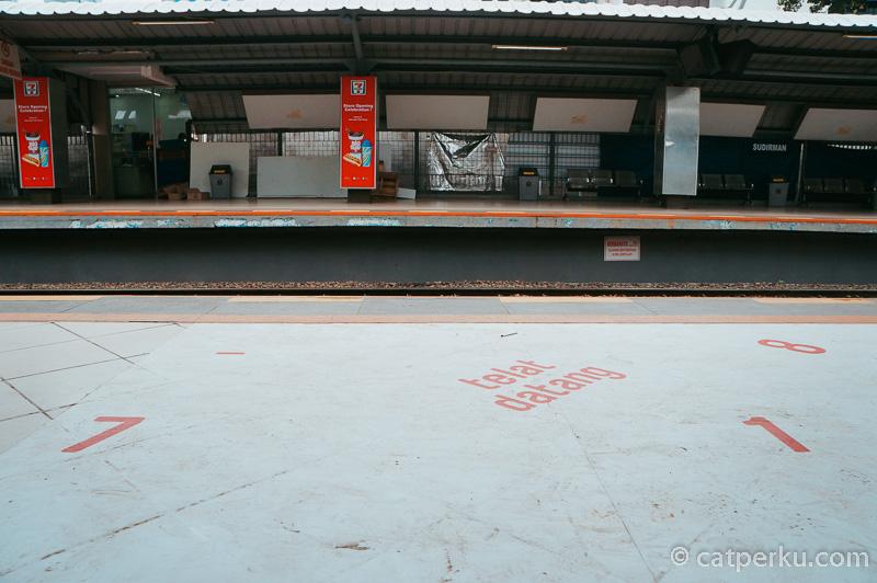 Stasiun Sudirman adalah salah satu stasiun KRL Commuter Line Jakarta
