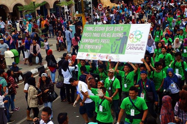 Teman - teman yang bawa banner hijau, I Love You All!