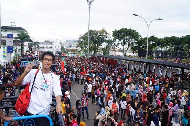 Terimakasih sudah mengajak saya ikut meramaikan Asian African Carnival di Bandung :)