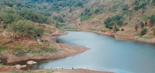 Tidak cuma sebagai tempat berwisata, Ranu Gumbolo Tulungagung ini juga merupakan tempat populer untuk memancing di Tulungagung.