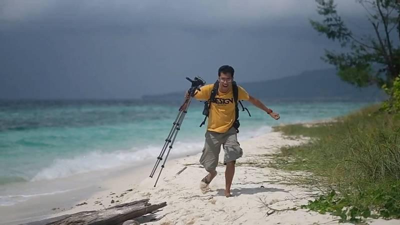 Travel vlogger Indonesia on duty~ Wkwkwkw!