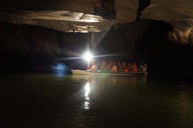 Next visit mau bawa kamera lebih bagus, dan eksplore sejauh 4,3 Km atau total panjang jalur Puerto Princesa Subterranean River National Park yang bisa dijelahahi dengan perahu :)