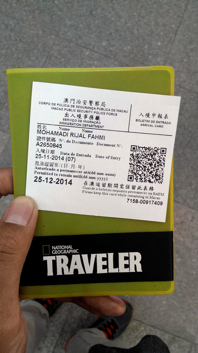 Masuk Macau gak dapat stempel passport, tapi dapat secarik kertas ini :(