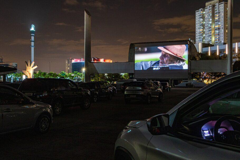Belas Artes Drive-in exibe clássicos do cinema em SP
