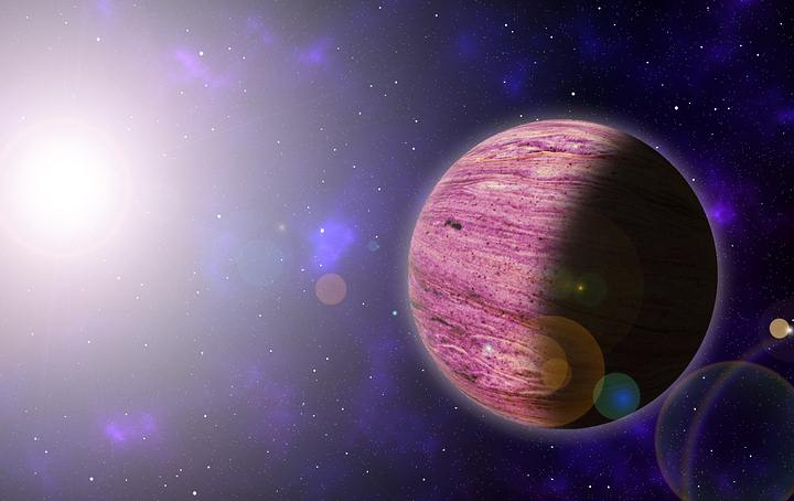El explaneta HD 73344b tiene 2.5 el tamaño de la Tierra y es 10 veces más masivo. Se trataría de una versión pequeña de Urano o Neptuno.