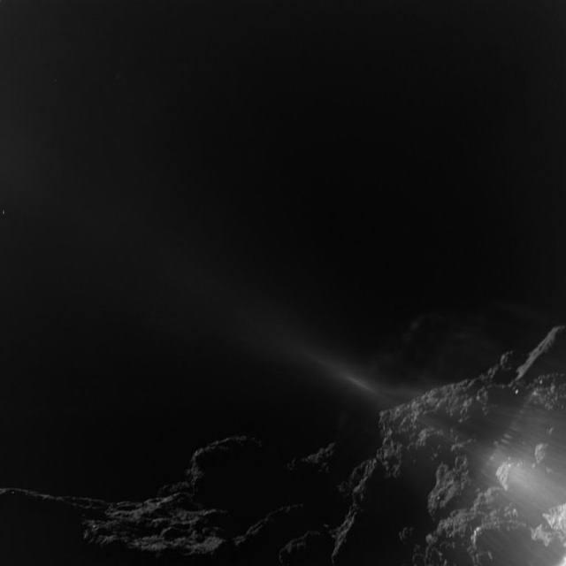 MASCOT a punto de tocar la superficie de Ryugu a una altura entre 10 y 25 metros.