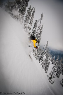 Karl Saltar getting to it with Catskiing Canada @K3Catski / Photo: Lisa Gover