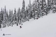 MustangPowder_KyleHamilton-CatskiingCanada-513