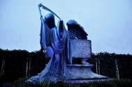 Sets - Tom Riddle's grave