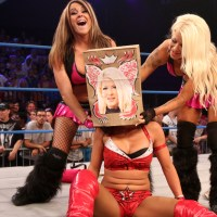 TNA IMPACT RESULTS: Knockouts Champion Takes Raynes Friend to School, Before Another Friend Comes to the Rescue (May, 22nd 2014)