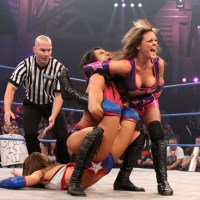 Cattie's Catch Up: Gail Kim Defends the Knockouts Championship Against Velvet Sky & Brooke (May, 17th 2012)