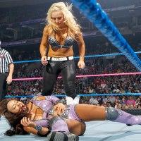 YOUR MONDAY POST #53: Layla vs Natalya (September, 21st 2012)