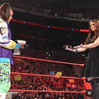WWE RAW RESULTS: Is the Huggers Legacy Tainted? (February, 20th 2017)
