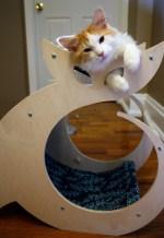 modern cat Scratcher Cattino