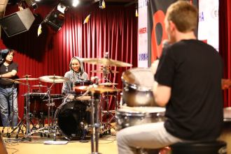 Iranian female drummer Sahar Shateri in a workshop with Jost Nickel
