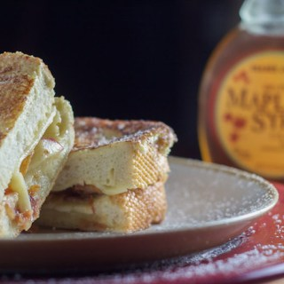 Apple Bacon Cheddar Monte Cristos