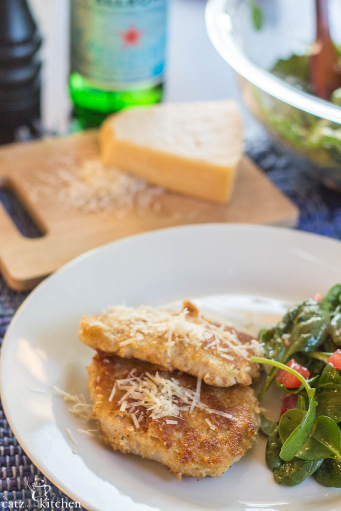 Parmesan Pork Chops   Catz in the Kitchen   catzinthekitchen.com #parmesan