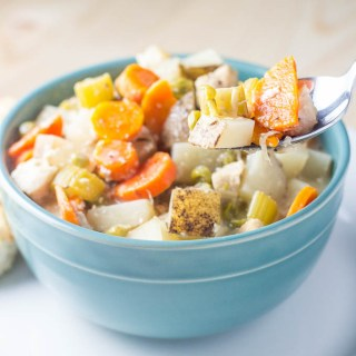 Slow Cooker Creamy Chicken Stew   Catz in the Kitchen   catzinthekitchen.com   #fall #stew #slowcooker