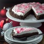 Candy Cane Chocolate Tart   Catz in the Kitchen   catzinthekitchen.com   #Christmas #candycane #tart #chocolate