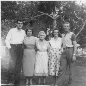 William Bristo Caudill Family-left to right - Clifford Bruce Caudill, Wilma Lorraine Caudill, Ada Stevens Caudill, Evelyn Rosilee Caudill, Chester Arthur Caudill. All are deceased (Thanks to Eileen Rice)