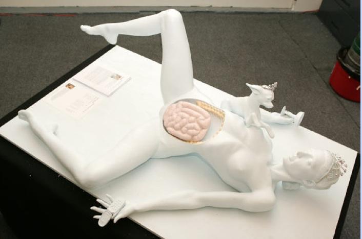 Paris Hilton - Autopsy