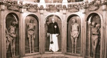 chiesa_dei_morti mummies