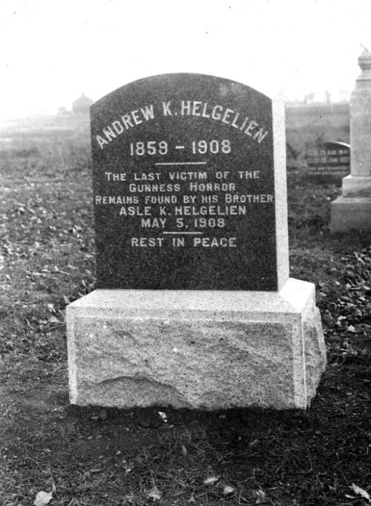 Andrew Helgelien grave