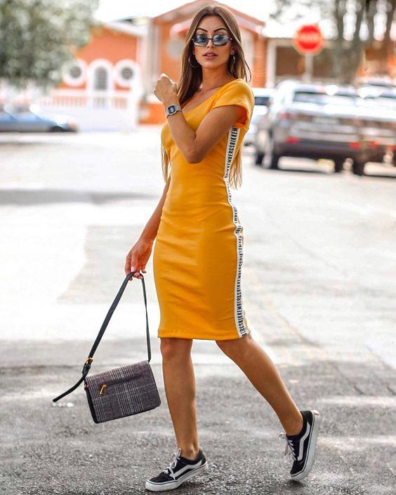 Vestido com tênis: invista nessa tendência!