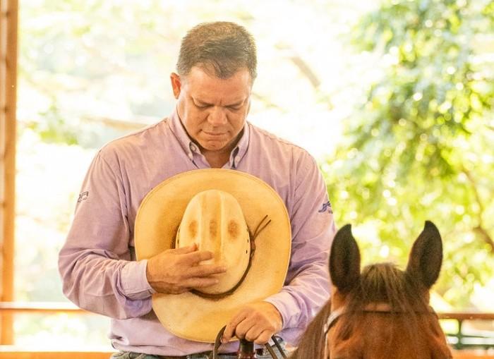 Ricardo Schmidt se orgulha de sua trajetória no Ranch Sorting Competidor conversou com a nossa reportagem e contou como começou no esporte, falou dos seus cavalos e conquistas