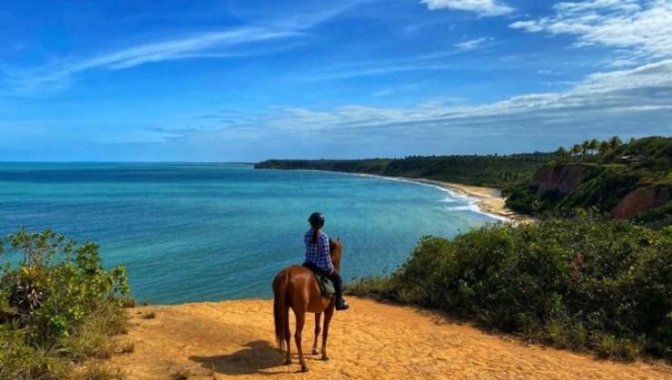 Paulo Junqueira mostra em sua coluna da semana destinos especiais para se cavalgar na praia. Imagine galopar livre numa praia deserta
