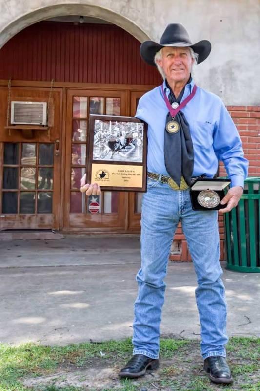 Sem duvida, uma das lendas do rodeio, Gary Leffew é dono de um campeonato mundial na PRCA, comentarista de TV e mentor de muitos bullriders