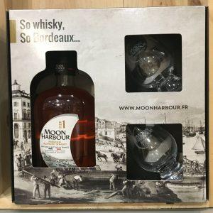 pier 1 coffret rotated - Moon Harbour - Pier 1 Coffret 2 verres - Blend Whisky 70cl